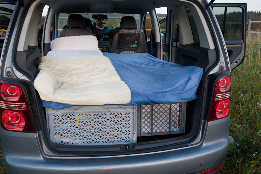 sleeping in the car the family without borders. Black Bedroom Furniture Sets. Home Design Ideas
