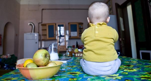 Hanna in the kitchen of the Astronaut Hostel in Lviv (Ukraina)