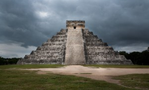 Mexico: The Maya Temple in Chichen Itza (Yucatan Peninsula)