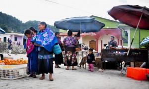 Mexico, Chiapas: Market in San-Lorenzo