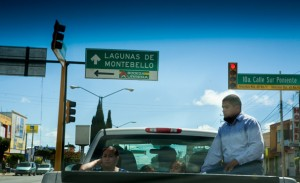 Comitan (Mexico, Panamericana): People sitting on a jeep