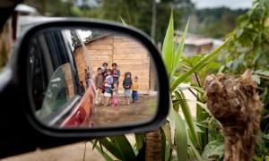 Leaving San Rafael Chilascó, leaving the kids. (Photo: Anna Alboth)