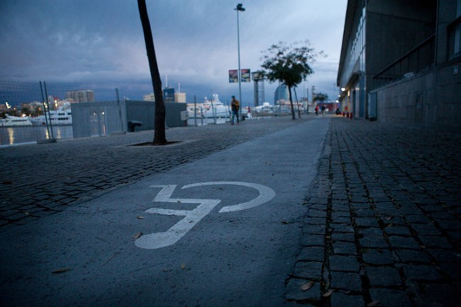 Barcelona (Spain): With the wheelchair in Barcelona; Photo: Alboth