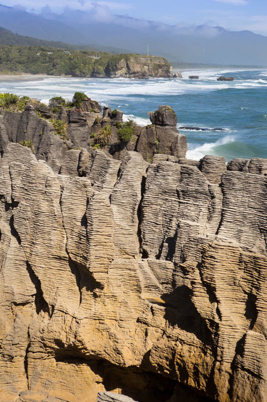 Punakaiki (New Zealand): The Pancake Rocks in the Paparoa Nation