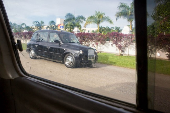 Tongatapu (Tonga): The King of Tonga in his car