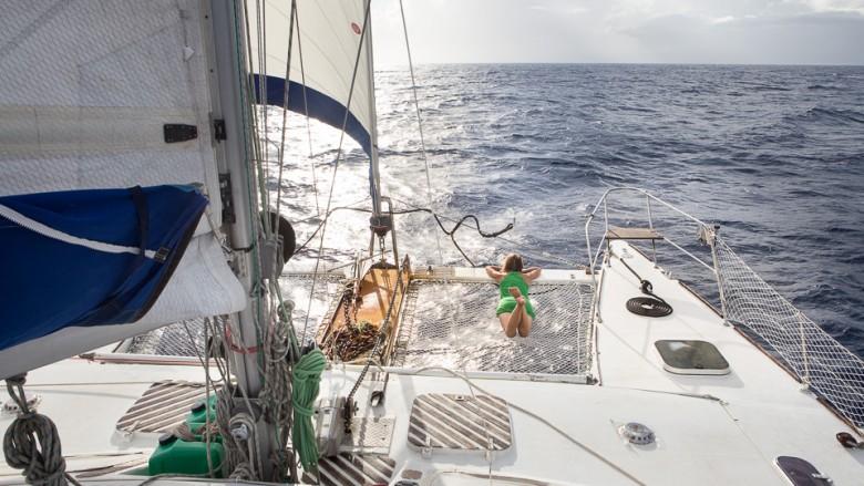 Sailing/Hitchhiking between Tonga and Fiji (South Pacific)