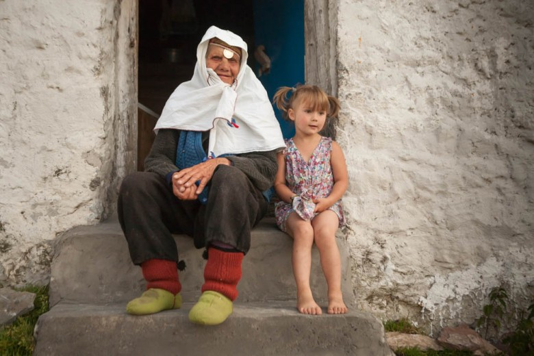 Woman and little girl in Bosnia, Lukomir