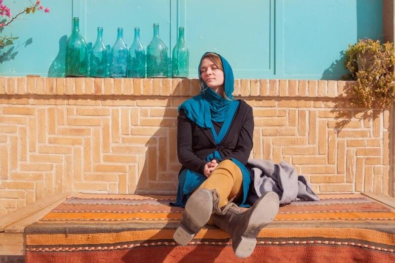 In der Februarsonne im Iran.